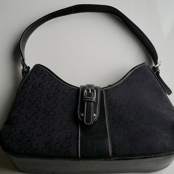 Handbags - Black medium size purse